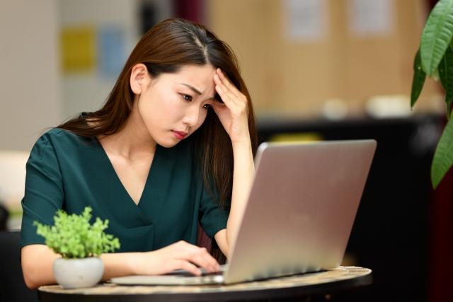 インターネットの工事費用はいくら?開通前の疑問をわかりやすく解説!