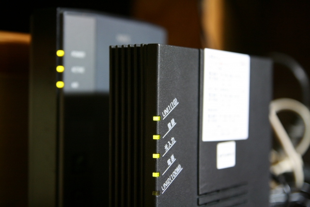 インターネットが遅いはルーターが原因?改善方法をわかりやすく解説!