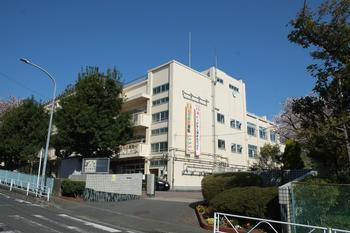 六ツ川中学校