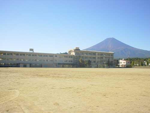 下吉田中学校
